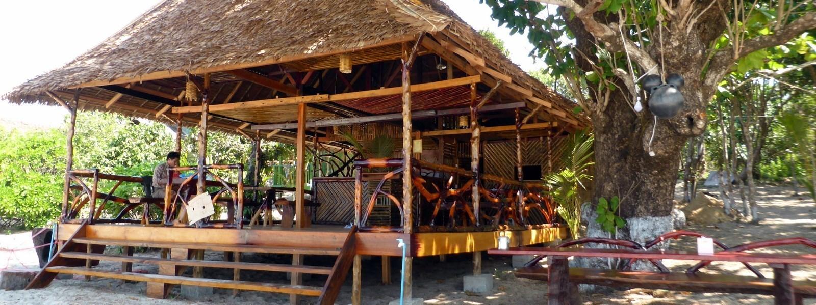 sinhtauk-restaurant-beach-Kopie-1