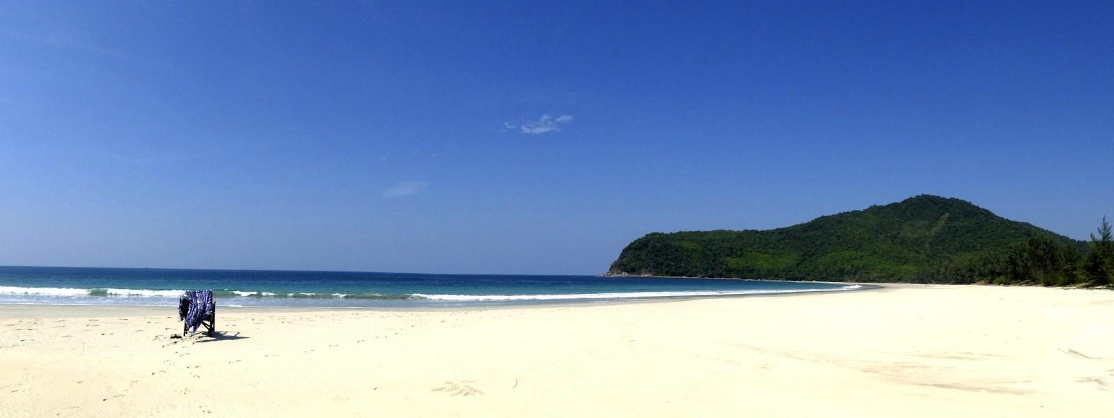 Dawei-Sinhtauk-Beach-white