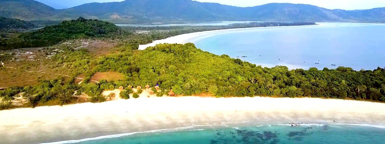 Sinhtauk-Dawei-Myanmar-Beach.PNG