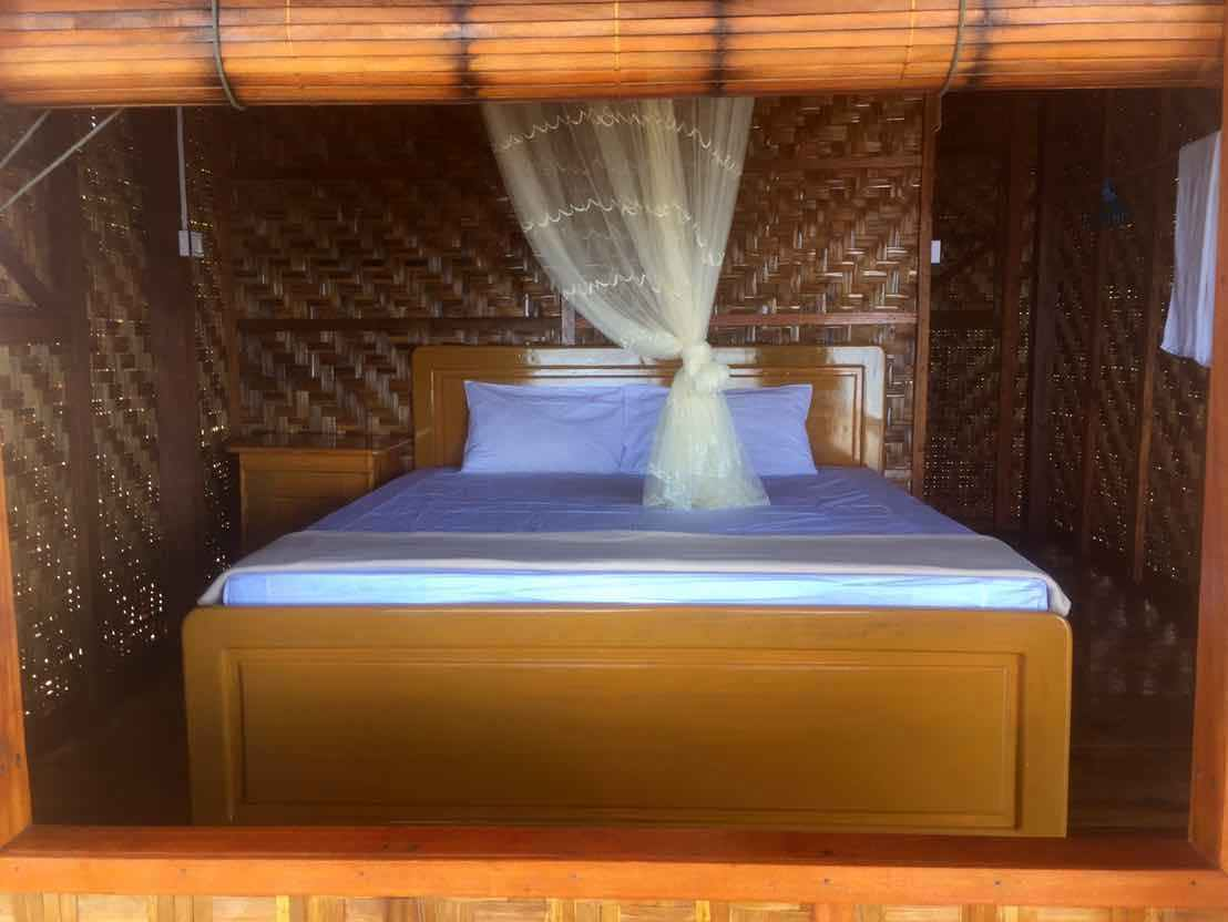 King size bed in first row Sin Htauk Beach Bungalows