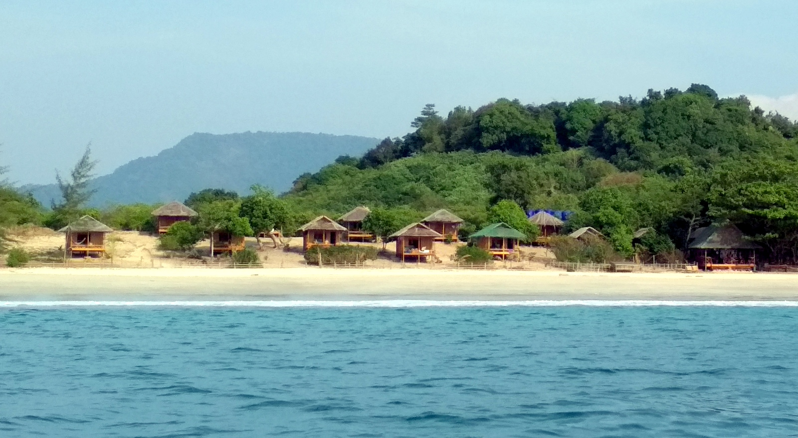 Sin Htauk Bungalows and restaurant from boat