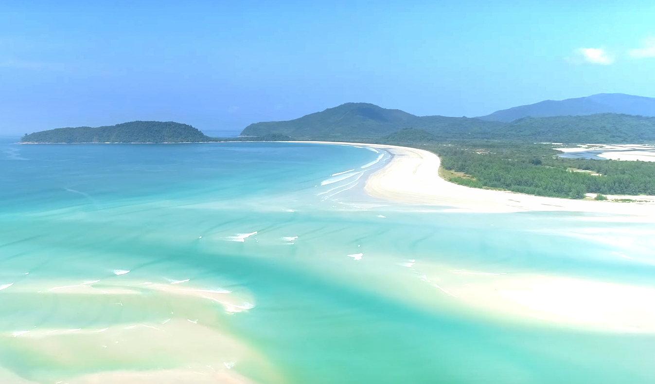 White lagoon near Sin Htauk, Grandfather Beach